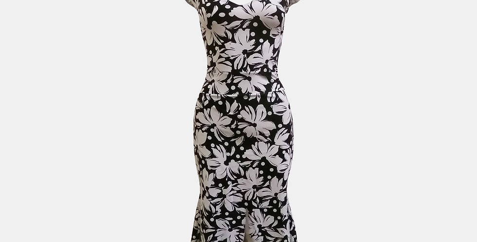 Onel Dress - Corazon Black With White Flowers