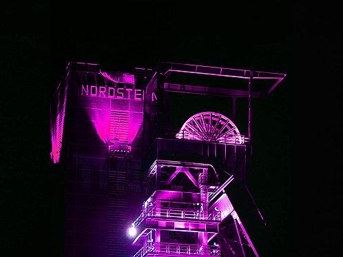 Zeche Nordstern Förderturm pink