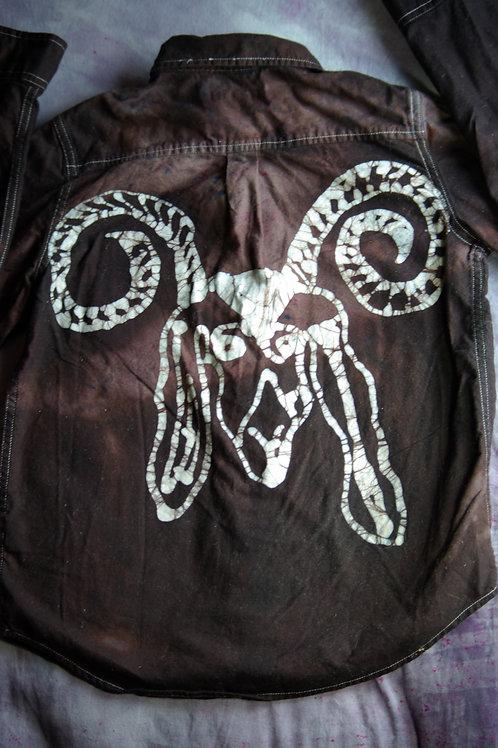 Curly Goat Horns Button Down Batik