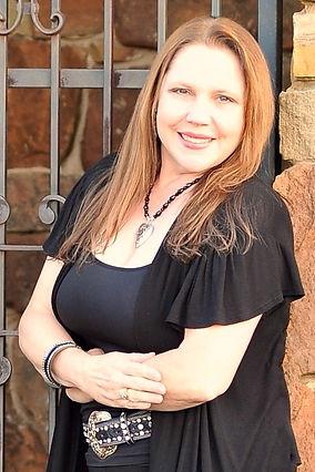 Lorraine Chavana