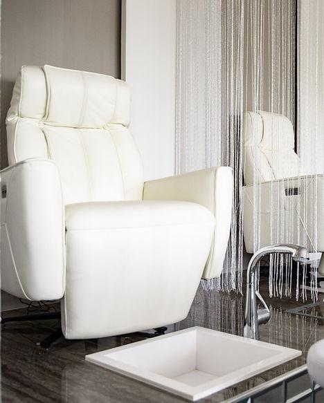 Zeida Beauty Lounge - Meta Arch.jpg