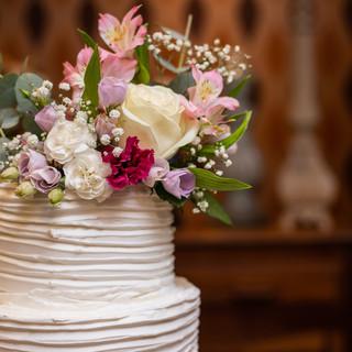 bolo com flores do campo