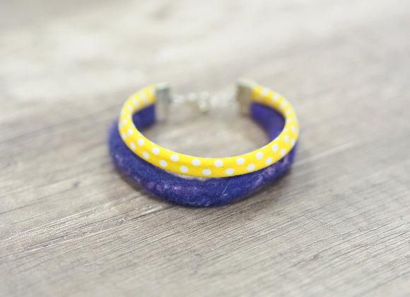 Bracelet en cordon de laine feutrée et coton violet/jaune