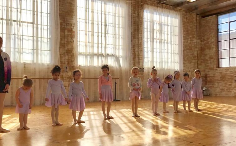 Baby balet class -Studio 2