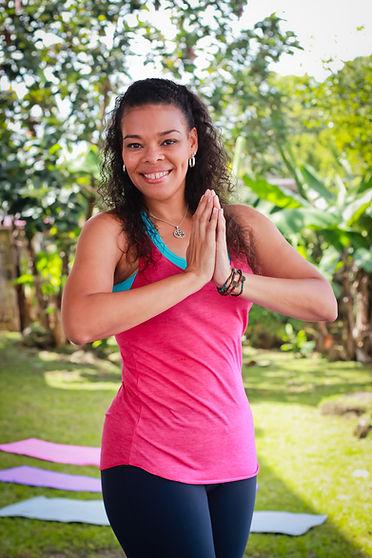 Alt Text  Sonia Short psicologa instructora yoga Panamá