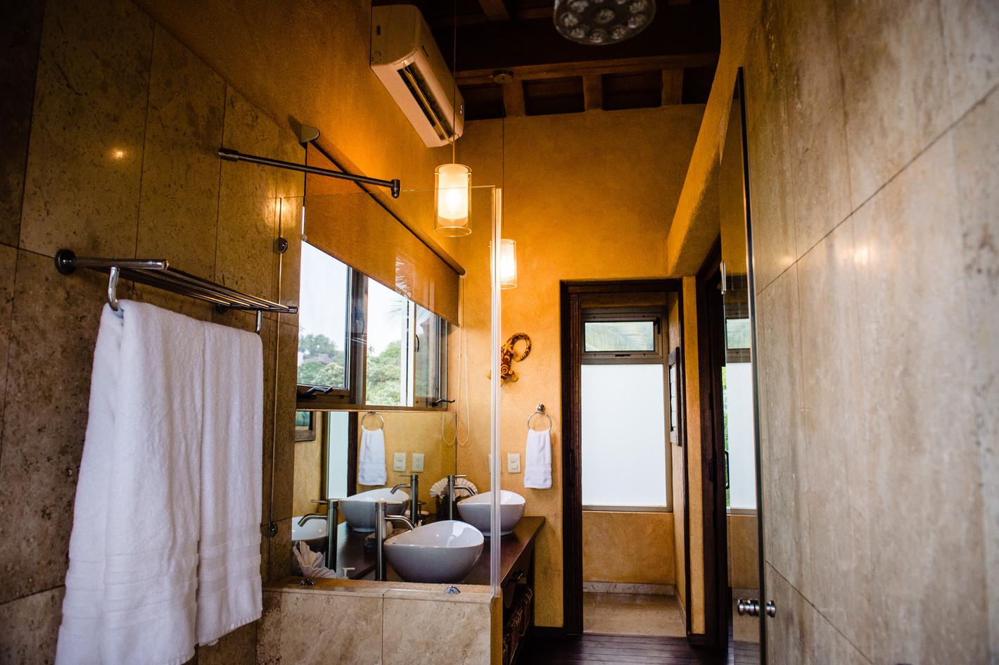 Sofia Bathroom 2.jpg