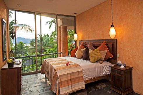 Howard - Bedroom.jpg