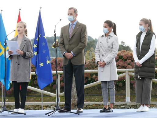 Los Reyes, la Princesa de Asturias y la Infanta  Sofía visitan Somao Asturias Pueblo Ejemplar 2020.