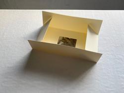映像作品「gong batu」card/リーフレット/package/ロゴ