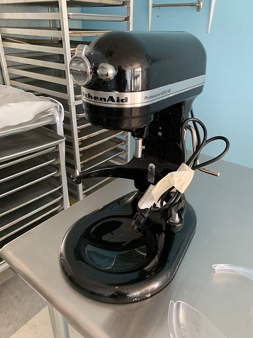 KitchenAid mixer -Professional 6000 HD ( 2 AVAILABLE)