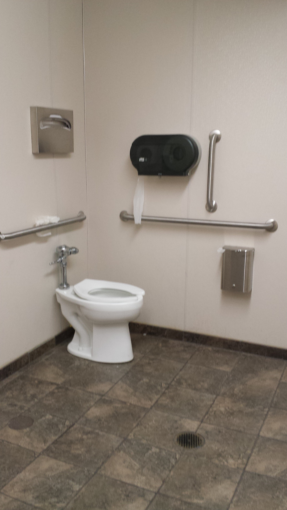 bathroom with vert bar 2.jpg