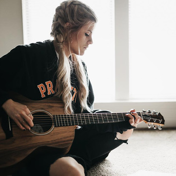 New session from Lizzie Cates!