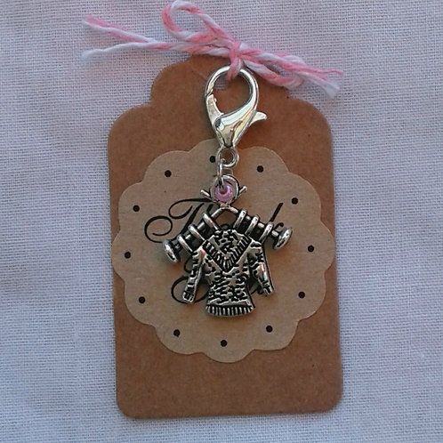 Knitting on Needles Charm