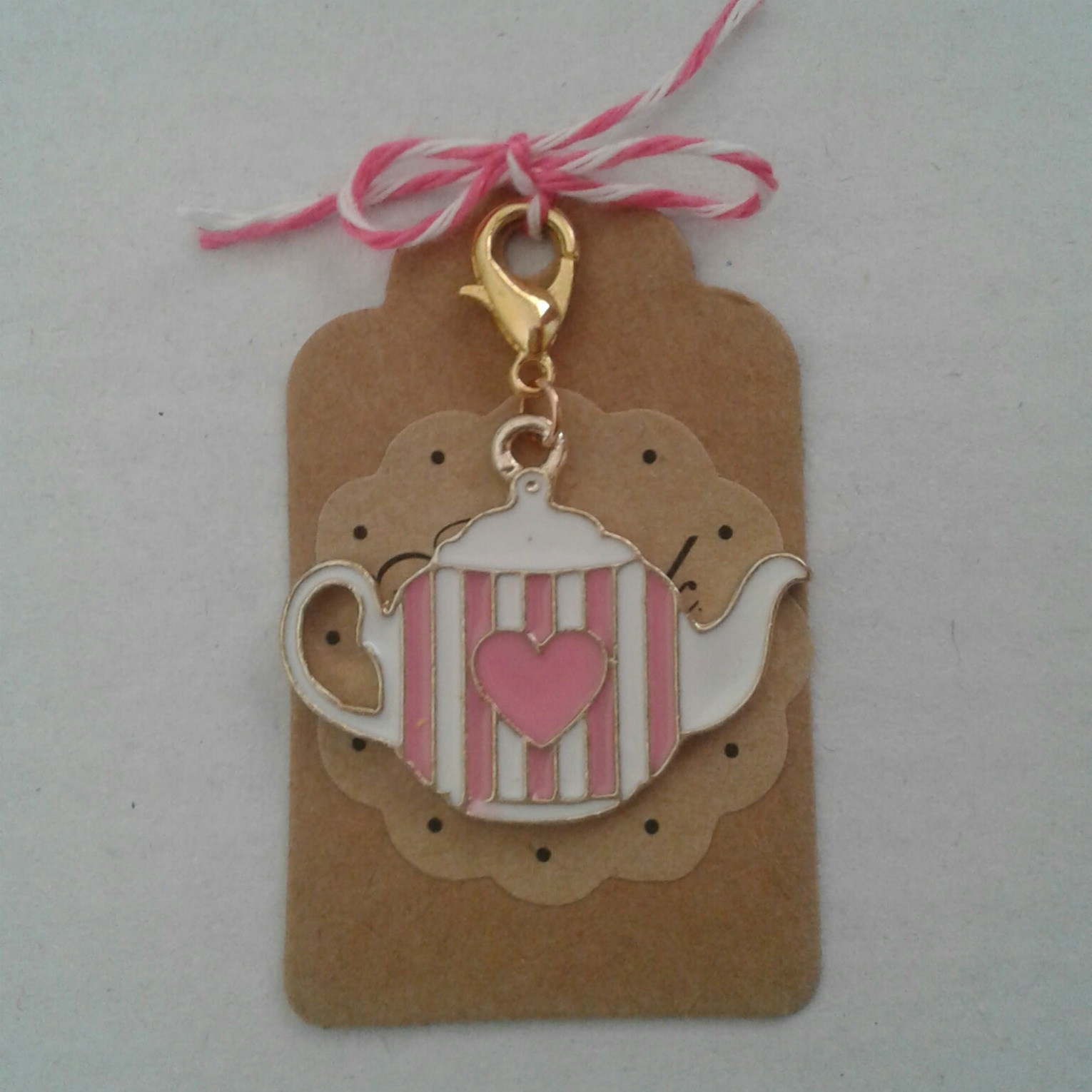Stitch marker tea pot