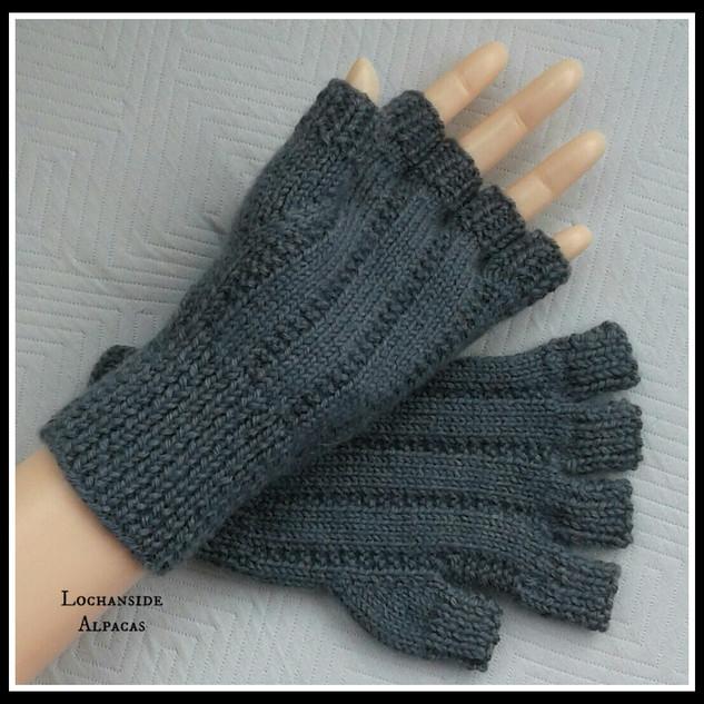 Lochanside Alpacas Fingerless Gloves