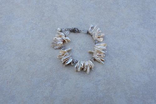 White Kishi Pearl Bracelet