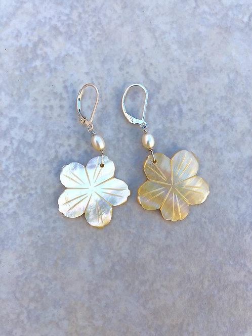 Flower Mother of Pearl Earrings