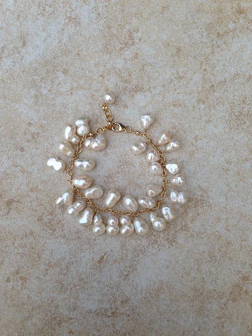 White Baroque Pearls Bracelet