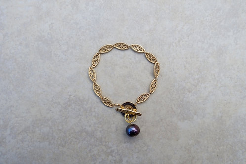 Blue Purple Pearl and Filigree Chain Bracelet
