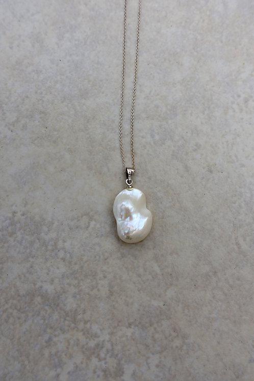 Teeny Blister White Pearl Pendant
