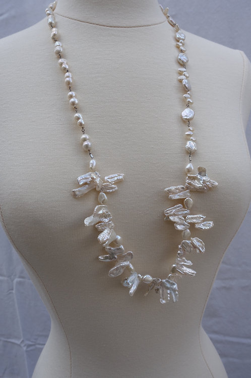 Kishi and Double Pearls Necklace