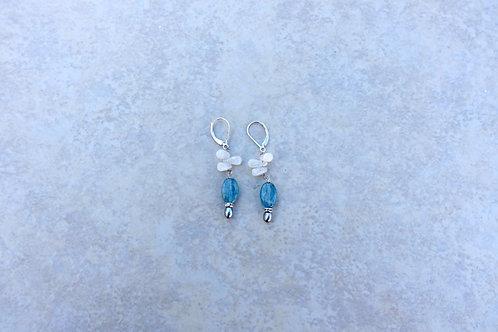 Kyanite Rainbow Moonstone Pearl Earring
