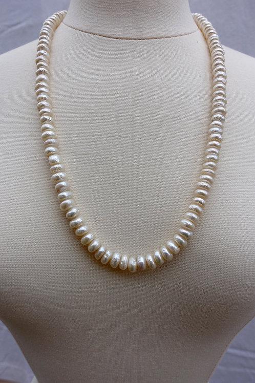 Lentil Pearl Necklace