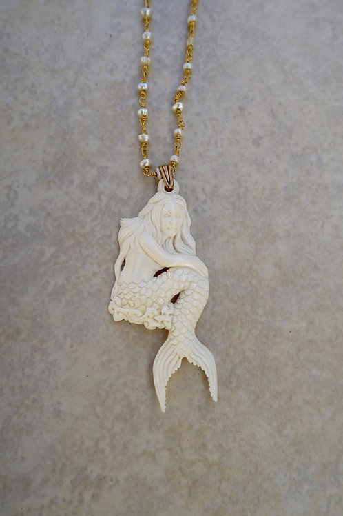 Mermaid with Forked Tail and Pearls
