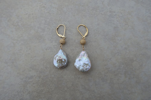 Teardrop Pearl and Stardust Gold Earring
