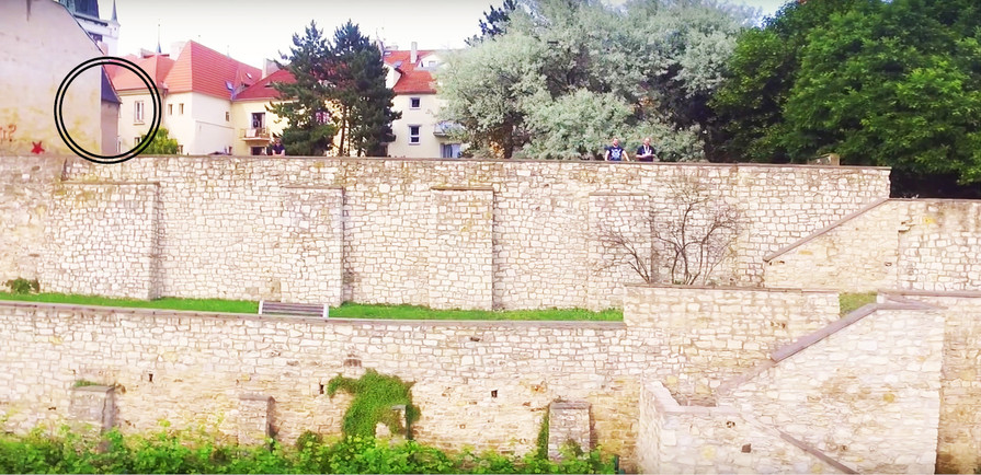 Gothic Twin, city fortifications