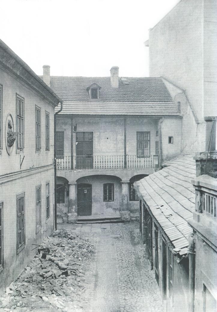Jesuitenstraße, Hinterhof