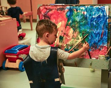 BUILDING BLOCKS, CHILDREN PLAYING, MIDHURST, BARRIE, NURSERY SCHOOL, PRE SCHOOL