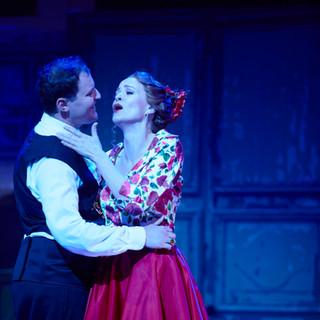 Brigitte Heuser as Rosina and Michael Petruccelli as Almaviva Finale Act II.jpg