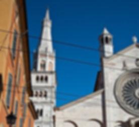 Modena,duomo_e_ghirlandina.jpg