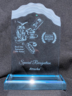 Attache - Award - IMG_1963