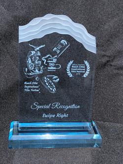 Swipe Right - Award - MG_1949