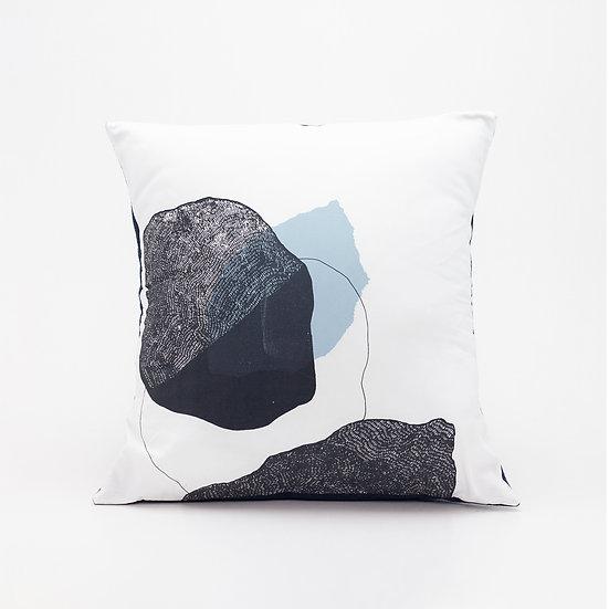Trove Pillow  I  Navy Felt Back