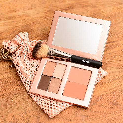 Tel Aviv or Eilat Summer Beach Look+ Blush Brush