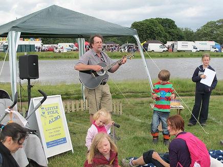 Folk performance, children's concert, open air music, Albo, Little Folk with Albo, Wimbledon Village Fair, family concert