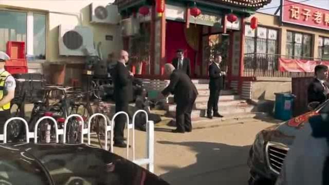 Falešné video Zeman předává starší čínsk