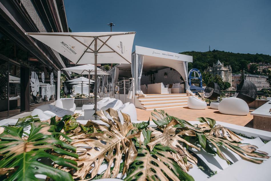 Promo zóna, Festival, Lounge, Návrh,  Event management, Set-Up, Akce, Design, Designer, Jaroš, New wave, Scénograf, Architekt, Moët & Chandon, KVIFF, Filmový festival Karlovy Vary, Moet