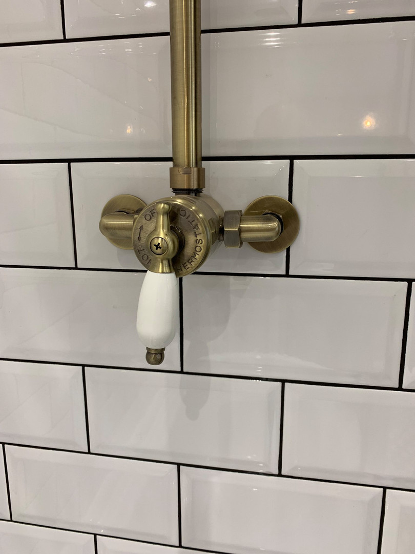 Traditional shower mixer