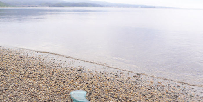 旅硝子—砂浜