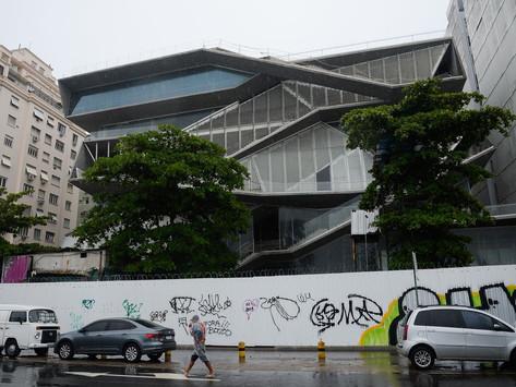 Estado publica edital para retomada das obras no MIS