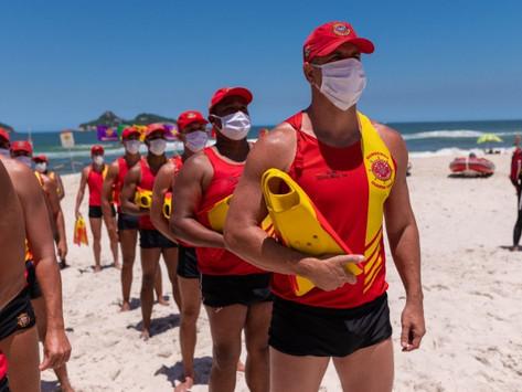 Estado do Rio paga adicional de serviço a guarda-vidas