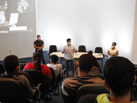 Curso sobre mercado de trabalho tem aula inaugural