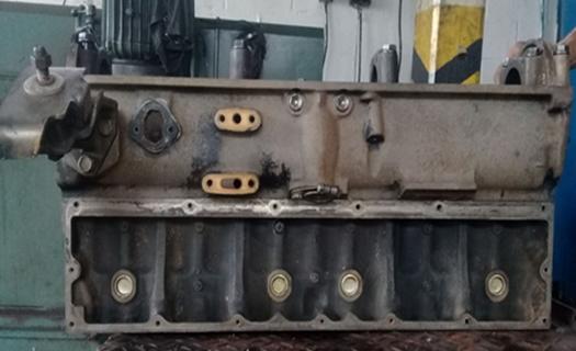 1981 fj40 engine 1.png