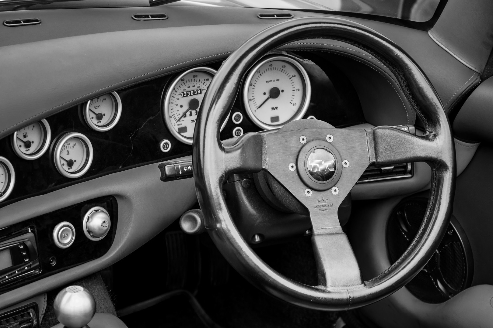 TVR Chimaera Interior
