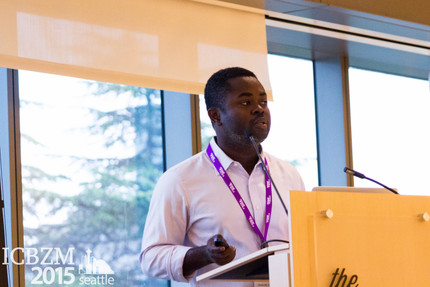 Dr. Amoako Presents at Univ. of Washington, Seattle