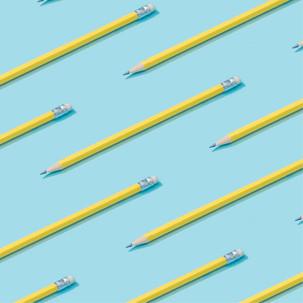 Mit gespitztem Bleistift